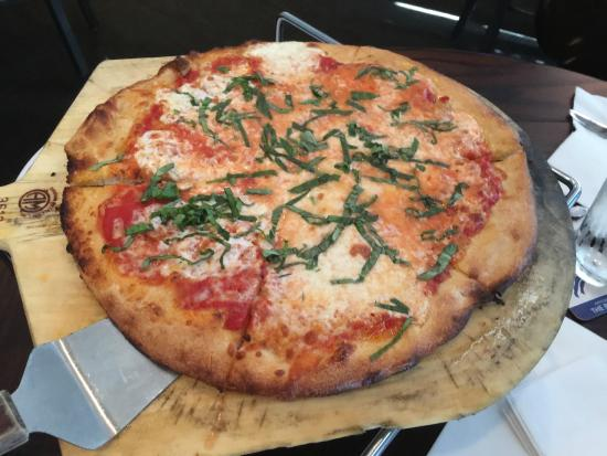 Roccos Wood Fired Pizza Margherita