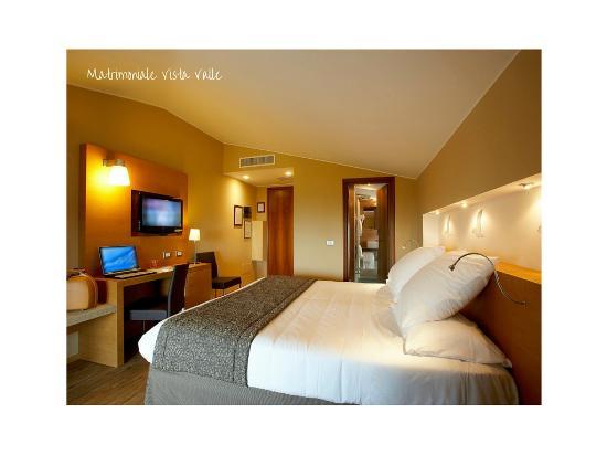 Hotel Porta Nuova: Matrimoniale Vista Valle