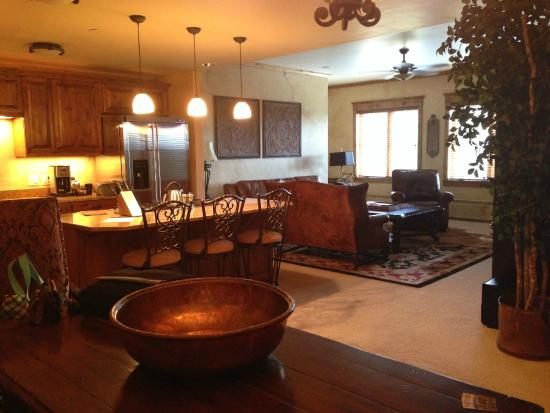 Highmark Steamboat Springs: living room