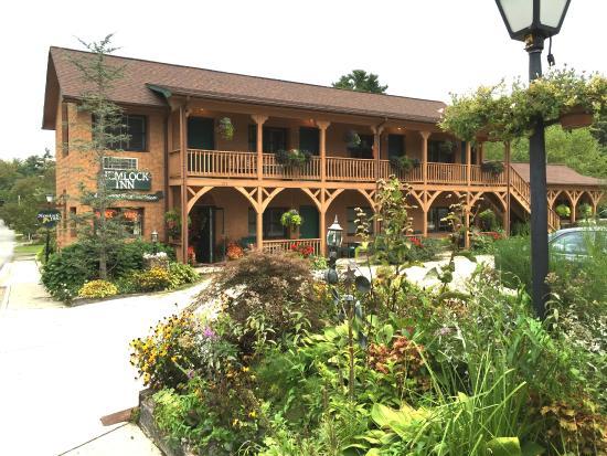 Hemlock Inn