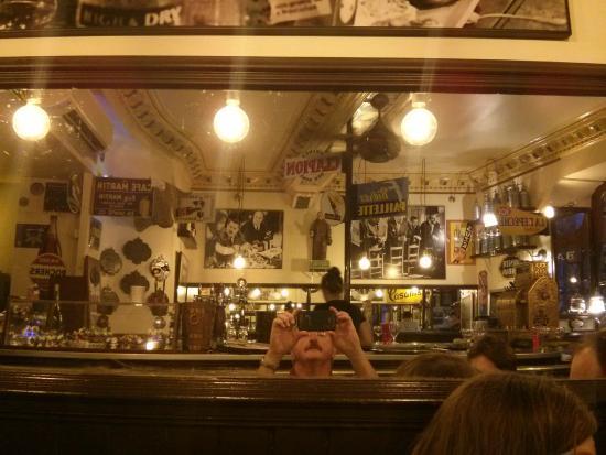 Les tontons flingueurs - Photo de Café Authié, Toulouse - TripAdvisor