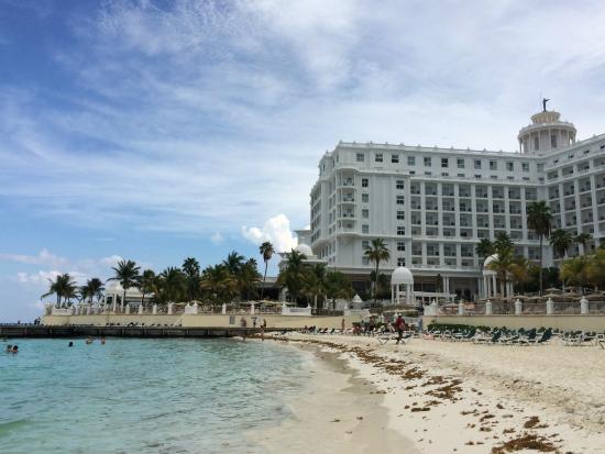 Hotel Riu Palace Las Americas: beautiful beach!