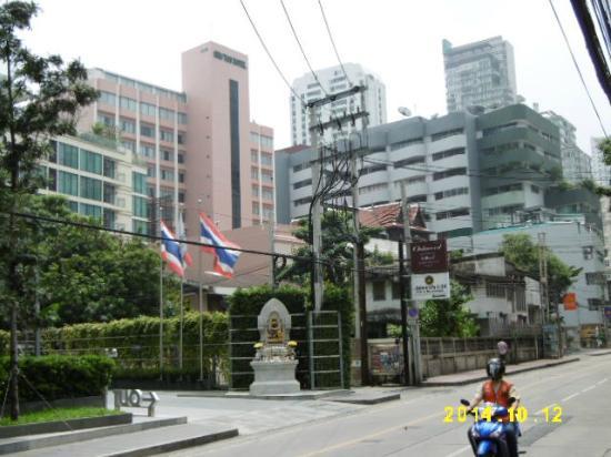 Ariston Hotel: ホテル全景