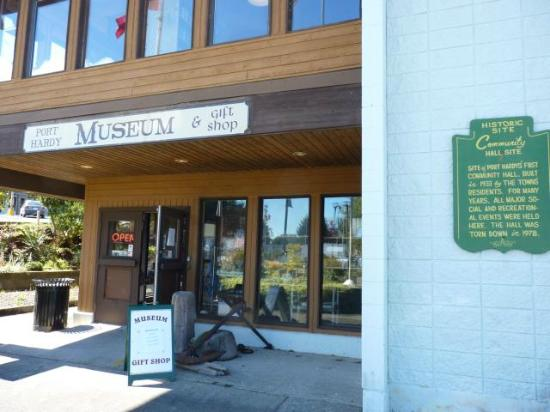 ‪Port Hardy Museum & Archives‬