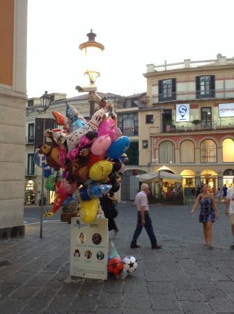 Salerno, Italia: 出店