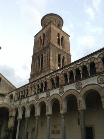 Salerno, Italia: 寺院の塔