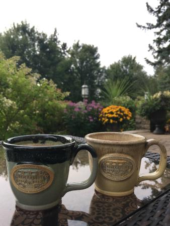 A G Thomson House Bed and Breakfast: Coffee on the front patio