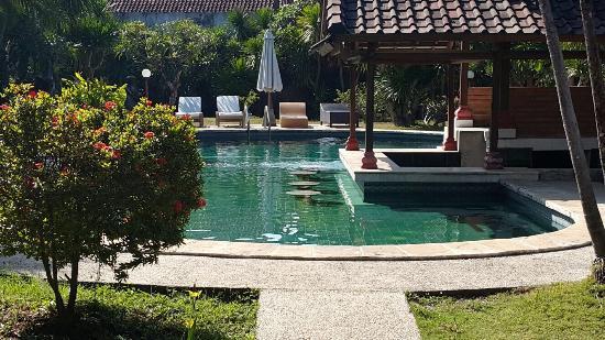 Dayu Beach Hotel : photo0.jpg