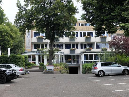 Kunsthotel Residenz: здание отеля