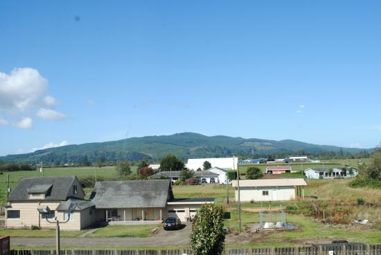 The Ashley Inn of Tillamook : View from the rear of the hotel