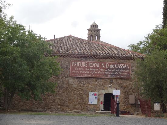 Prieuré Royal de Cassan, Roujan (Hérault), France.