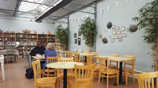 Oaks Coffe Shop