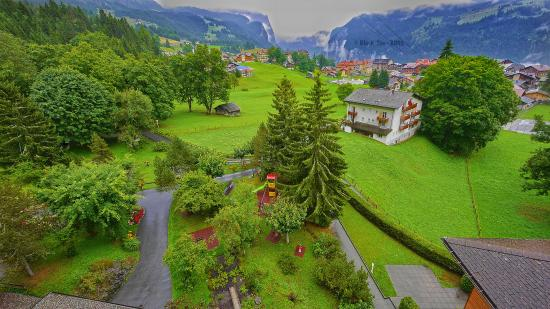 Beausite Park Hotel: The view from the balcony