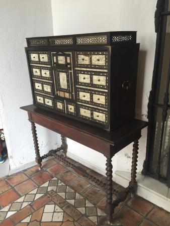 Decoraci n con muebles de anticuario preciosos for Muebles de anticuario
