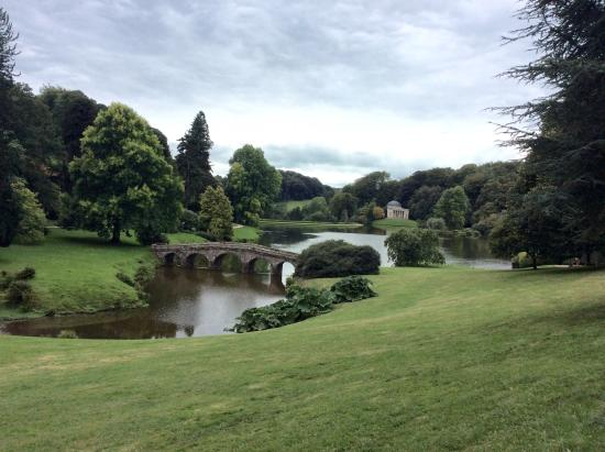 Stourhead House and Garden: Another lake view