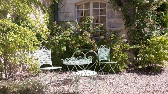 Petit-Bersac, France : outdoor relaxation