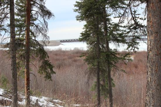 Fort Providence, Canada: view of deh cho bridge