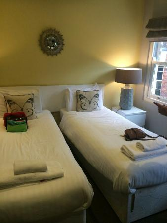 The Townhouse Hotel: Lovely room