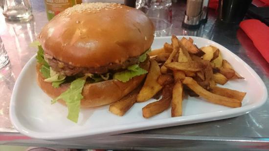 Best Western Bordeaux Aeroport : Burger