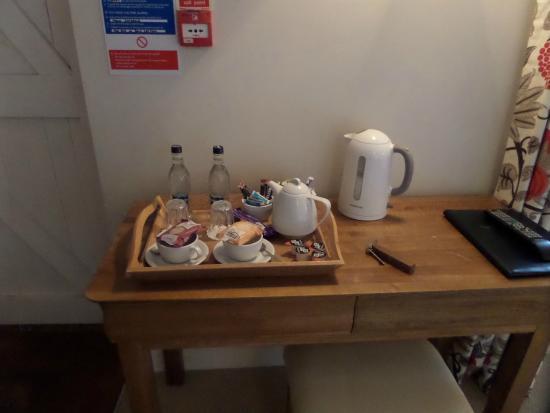 Hamstead Marshall, UK: Kaffee oder Tee?