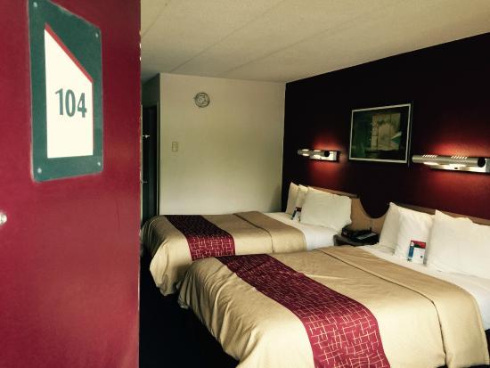 Red Roof Inn Parsippany: الغرفة