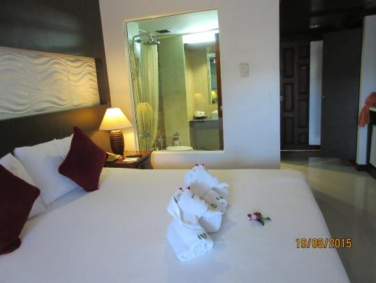 Chanalai Garden Resort, Kata Beach, Phuket: the room, your happy to stay in
