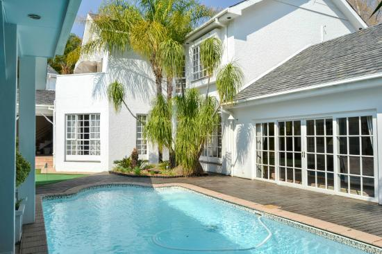 Belvedere Boutique Hotel: Main Swimming pool