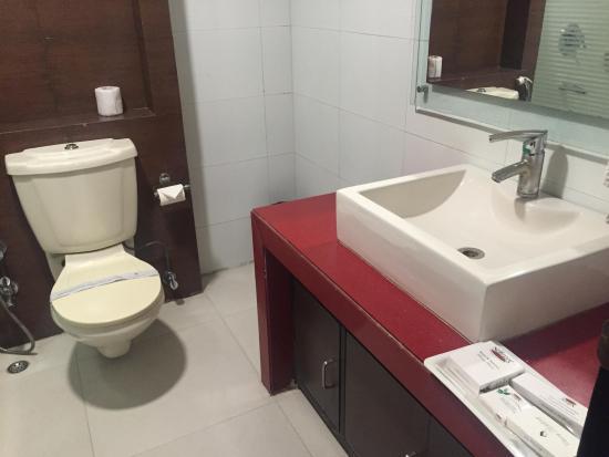 Chirag Residency : Bathroom
