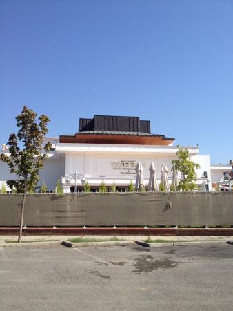 Yunus Emre Kultur Ve Sanat Merkezi