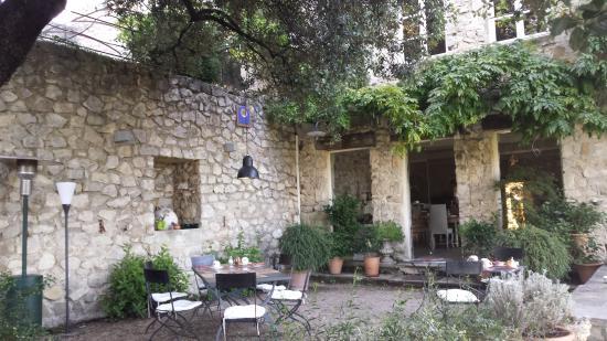 Bastide la Combe : Terrasse zum Frühstücken