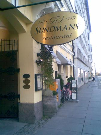 G.W. Sundmans : Entrada al restaurante