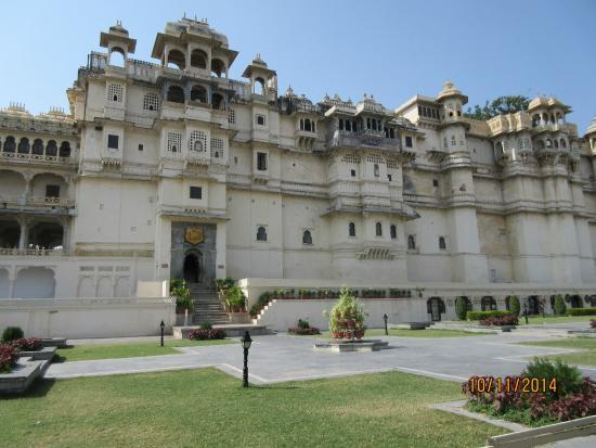 Fateh Prakash Palace: Blick auf die oberen Etagen