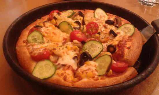 pizza hut review of literature local and foreign The above observations of the local pizza hut eating houses suggested a  feasible  review the current performance management patterns at pizza hut   the similarity is that pizza hut excessively has got international.