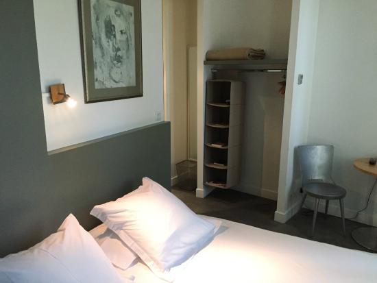 Hotel En Ville: Habitación doble