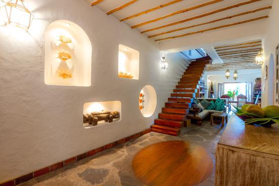 Waterlovers Beach Resort : Ocean Penthouse entrance hall