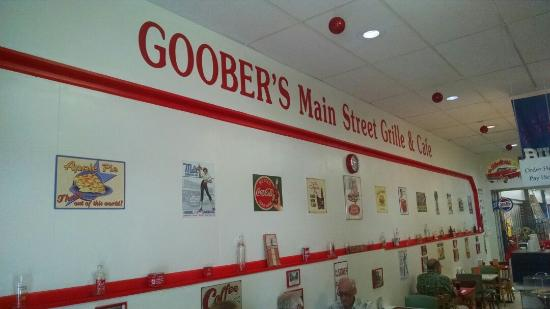 Goobers Main St Grille & Cafe
