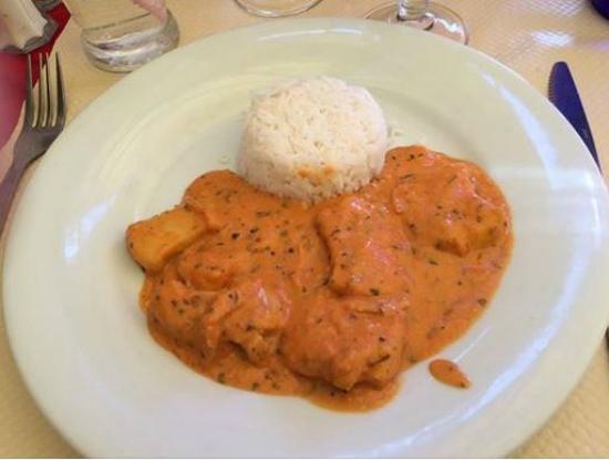 Brasucade: assiette de rouille de seiche avec riz  du menus a 13.90