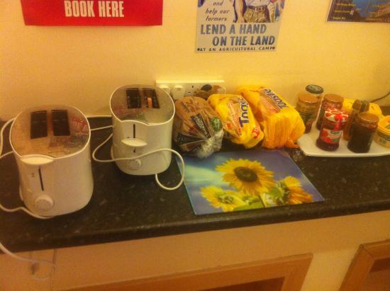 The Dublin Central Hostel: breakfast