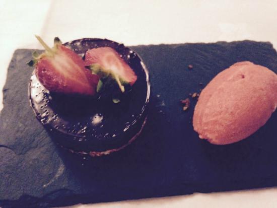 The Alverton Bar & Restaurant: vegan chocolate tart with strawberry sorbet