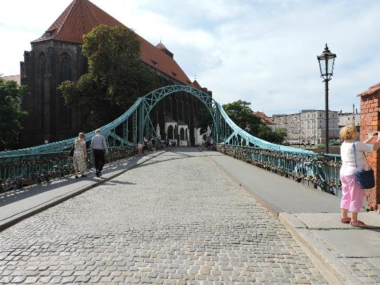 Tumski Bridge, Wroclaw, Polonia.