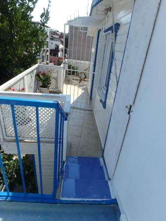 steps from terrace to room