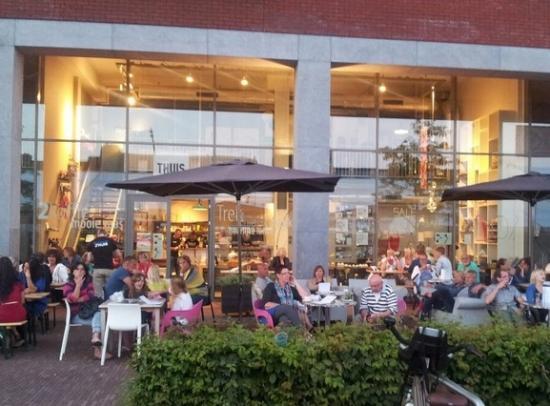 Ons gezellige terras foto van thuis eten&wonen dronten tripadvisor