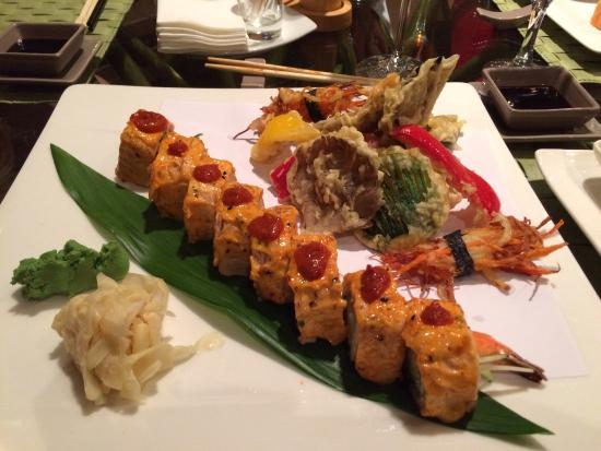 Fusion Restaurant Jeraffe: Dynamite Salmon and Tempura Vegetables