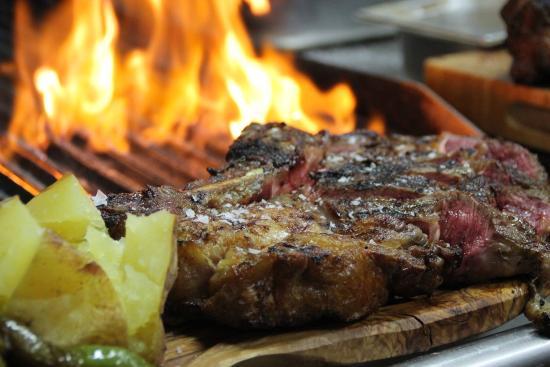 Restaurant Can Met: COSTELLOT DE VACA 1kg.