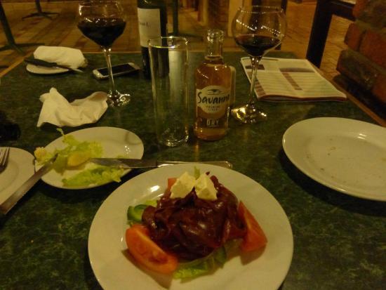 Golden Leopard Resort - Manyane : Carpaccio d'impala au restaurant