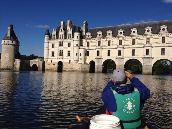 Civray-de-Touraine, Francja: Chateau Chenonceau seen from Canoe
