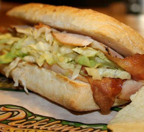 Pickleman's Gourmet Cafe: Turkey & bacon