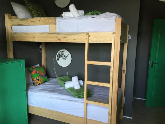 The Backpackers in Green Point: Room