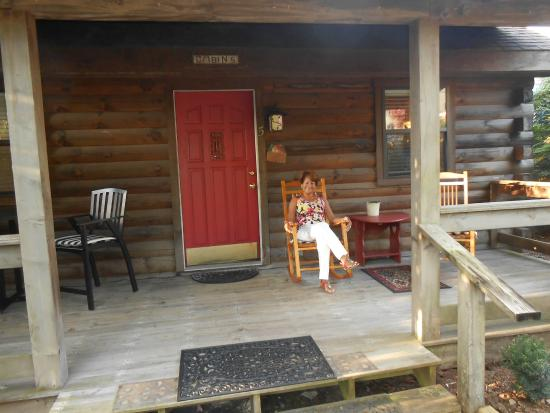 Mountainaire Inn And Log Cabins: Enjoying The Front Porch Rocking Chair