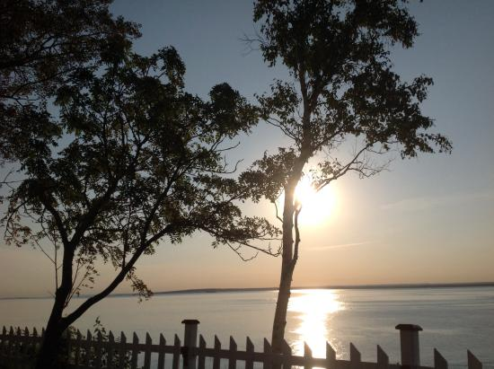 Motel Evangeline Bo-Fleuve : Lever de soleil